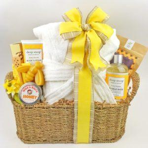 Bee Luxurious gift basket
