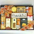 employee-thanksgiving-girt