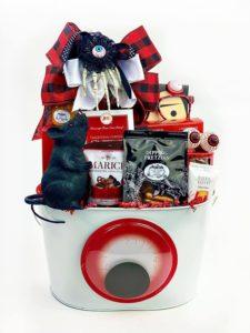 spooky-halloween-gift-basket